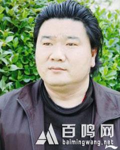 刘震生活照